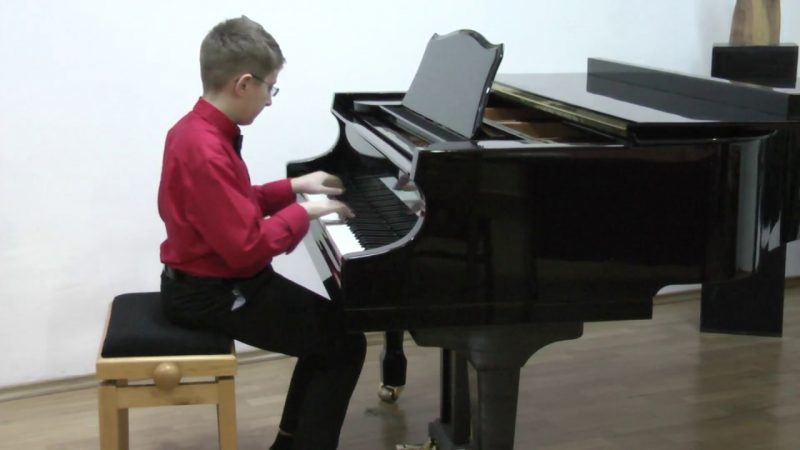 Emilian Rusu-Donighevici, piano
