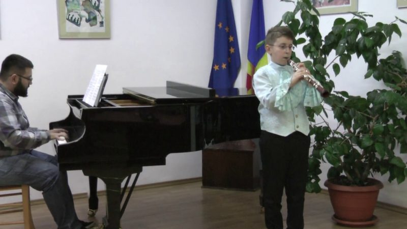 Emilian Rusu-Donighevici, oboe