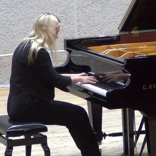 Albina Plotnikova